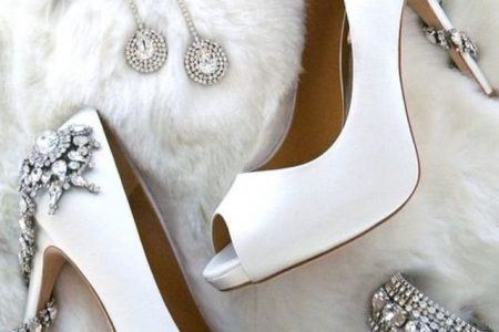 نصائح  وصور أشكال مختلفة لأحذية عروس 2017