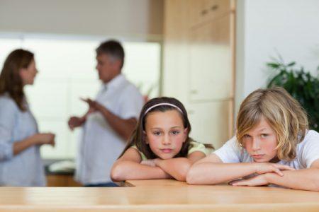 اضرار التفكك الاسري على صحة طفلك