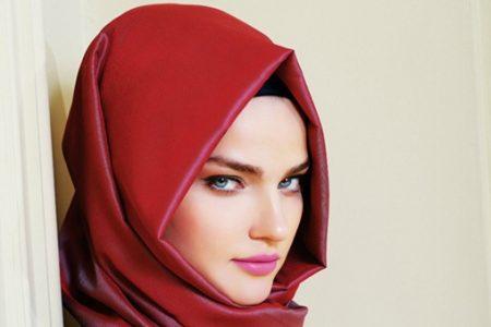 لفات حجاب منوعة لتتأنق بها المحجبات