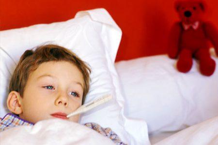 كيف تعالجين حمى الاطفال بطرق طبيعية
