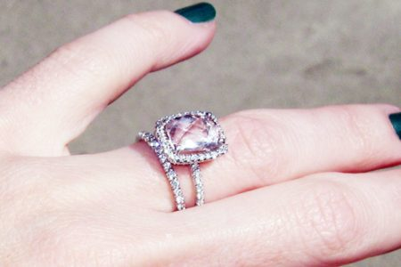 تعرفي معنا على جديد خواتم زفاف 2017 بأحجار ملونة