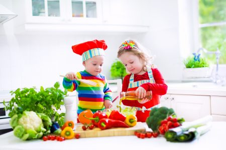 هذه الأطعمة ستزيد من ذكاء الطفل