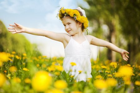 نصائح مهمة من أجل حماية الطفل من أضرار الصيف