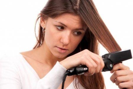 نصائح مهمة تحمي شعرك من أضرار التمليس