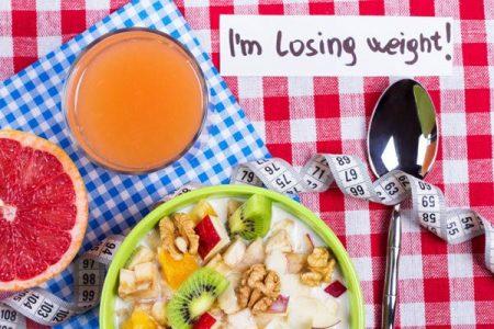 ابدئي يومك بهذه المؤكولات الصحية لتخلص جسمك من السموم والوزن الزائد