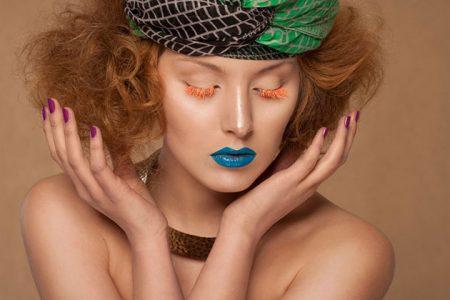 الماسكارا الملونة لمسة جمال أضيفيها لعيونك