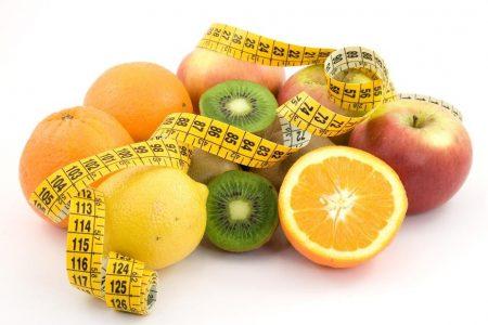 انتبهي من هذه القائمة من الخضروات والفواكه المحظورة اثناء الرجيم